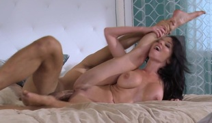 Veronica Avluv In The Panty Thieves, Instalment 2