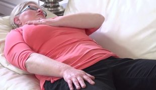 Real chubby granny upon hungry anal hole