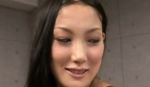 Strapping Japanese girl fucks small bodies