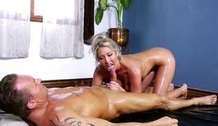 Minge slammed Lexi Cherish with slippery fast flannel